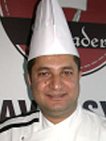 Mehmet Uzunöz -Mutfak Şefi