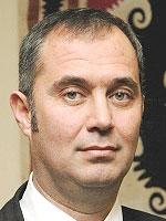 Sururi Çorabatır- Otel Genel Müdürü