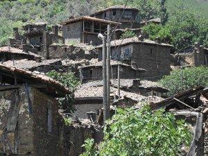 Hayaletli denilen Lübbey Köyü'ne bakınlık sahip çıkıyor