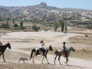 Kapadokya'yı geçen ay205 bin 621 kişi gezdi