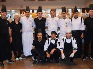 Armonia  mutfak şefi Hasan Çolpo: Turisti lezzetle bağlıyoruz