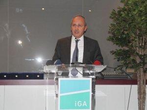 Bakan Turhan: 10 havayolu İstanbul'a sefer düzenliyor