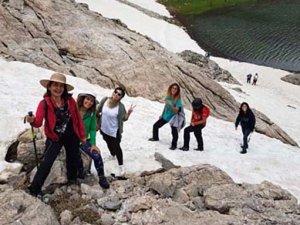 Karagöl ve Çiniligöl'de yaz ortasında kayak