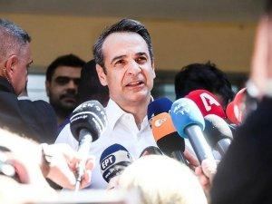 Yunanistan'da Başbakan Miçotakis yeni kabineyi açıkladı