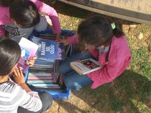 Yaylada Kitap Okuma ile çocukları kitapla buluşturdu