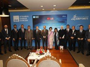Malezya Başbakanı MuhammedSabiha Gökçen'i ziyaret etti