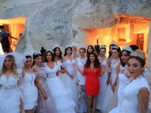 Kapadokya'da Fashion Week Europe'da defile