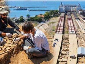 Haydarpaşa Garı'nda arkeolojik kazı heyecan yarattı