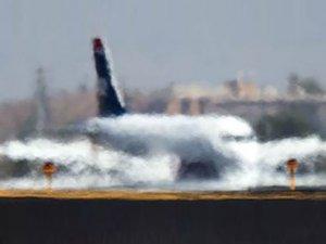 Sıcak hava dalgası, uçuşları da etkiledi