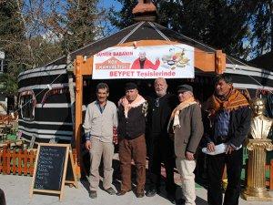 Yörük kültürü tanıtımı sanatçı Sümer Tilmaç'ın izinden gidiyor