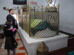Vakıflar onardı, Abdal Musa Türbesi ziyarete açıldı
