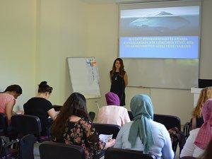 İş arayan kadınlara KİGGEM'den eğitim