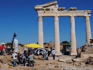 2200 yıllık Apollon Tapınağı, yabancı filmcilerin gözdesi oldu