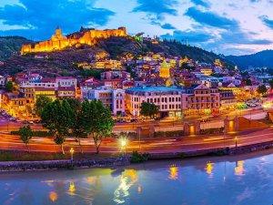 Gürcistan'da turizm patlamasının sırrısorgulanıyor