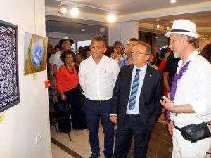 Marmaris'te 'Dostluk' sergisi açıldı