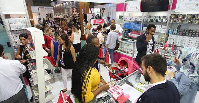 Dünyanınünlü kozmetikçileriBeauty & Wellness Show İstanbul'da
