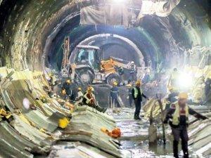Çiğdem Toker: Metro projelerinin akıbeti açıklansın