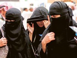 Suudi Arabistan: Kadınlar otelde erkeksiz kalabilir