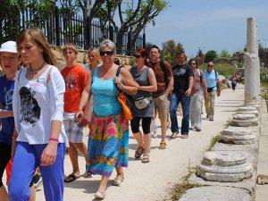 Fransız turistler 17 ören yerini görmek içinkültür turuna geliyor