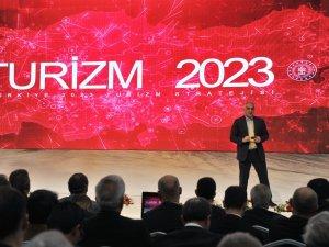 Bakan Ersoy: Turizmde 2023 hedefimiz 75 milyon turist