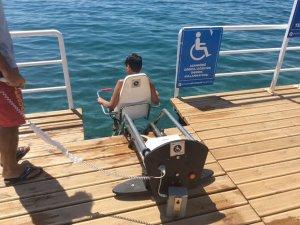 Mavi bayrakli plajlarda engelliler için 33 kriter bulunuyor