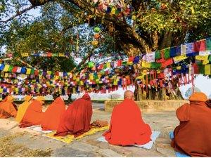 Dünyanın zirvesi, Lumbini'de Budha'nın izinden yürümek
