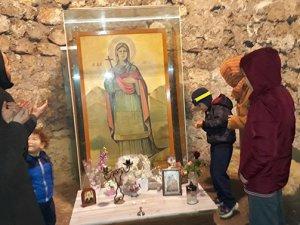 Pandemide Aya Thekla'yı 8 bin Hristiyan ziyaret etti.