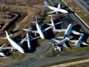 AHL'deki Hayalet uçakların sahipleri çıkmıyor