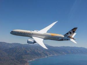Etihad Havayolları, Suudi Arabistan uçuşlarını askıya aldı