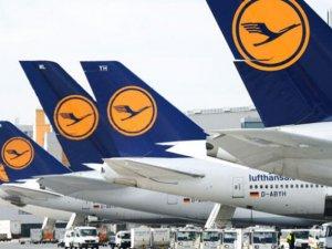 Lufthansa: Havacılık devlet yardımı olmadan ayakta kalamayabilir