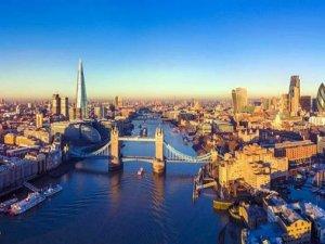 Kuşadalı turizmcilerden İngiltere'ye teşekkür, AB'ye tepki