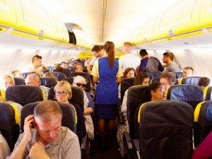 Ryanair'de yolcular, tuvalet kullanmak için izin isteyecek