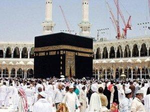 Suudi Arabistan duyurdu! Umre ziyaret yasağı devam edecek