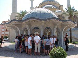 2020'de turistlerin cami ziyaretleri olacak mı?