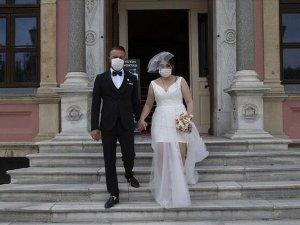 1 Temmuz'da açılacak düğün salonlarına yoğun talep