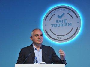 """Bakan Ersoy: """"Pozitif vakalar için otellerde izole daireleri olacak"""