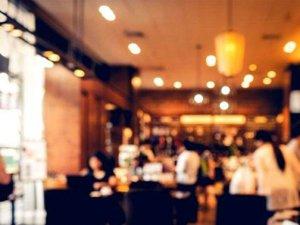 Restoranlarda bardağın ağzınıza gelecek yerini silin