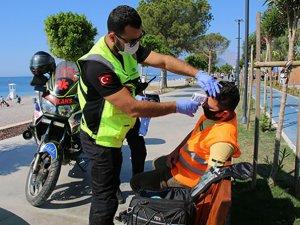 Motosikletli ambulanslar plajlarıncankurtaranı