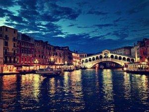 Venedik'i 'turizmin monokültürü' yerle bir etti