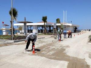 Manavgat'ta halk plajları sosyal mesafeye göre açıldı