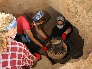 Doğu Nekropolü kazıları 2500 yıllık geçmişe ışık tutuyor