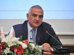 Bakan Ersoy: Türkiye turizmi %70 daralmayla yılı kapatacak