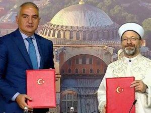Kültür ve Turizm Bakanlığı ile Diyanet arasında Ayasofya protokolü
