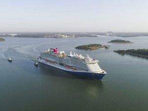 Carnival'ın mega gemisi Mardi Gras test seferinde