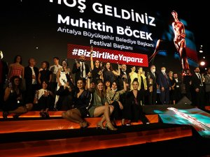 Antalya Altınportakal'da en iyi film ödülü '' Hayaletler''in