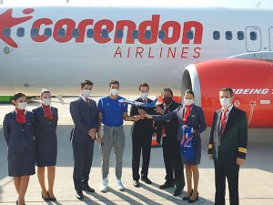 Anadolu Efes'e maçları için Corendon Airlines'tan özel uçak