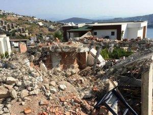 Bodrum'da 380 kaçak yapının yıkımı yapıldı