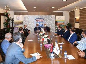 Vali Yazıcı:Antalya'nın gelirini tarım ve turizm