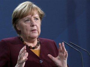 Merkel: Zorluklar küresel çabalarla aşılabilir
