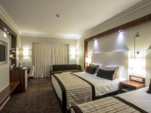 VANODER: Van'da birçok otel kapanma eşiğinde